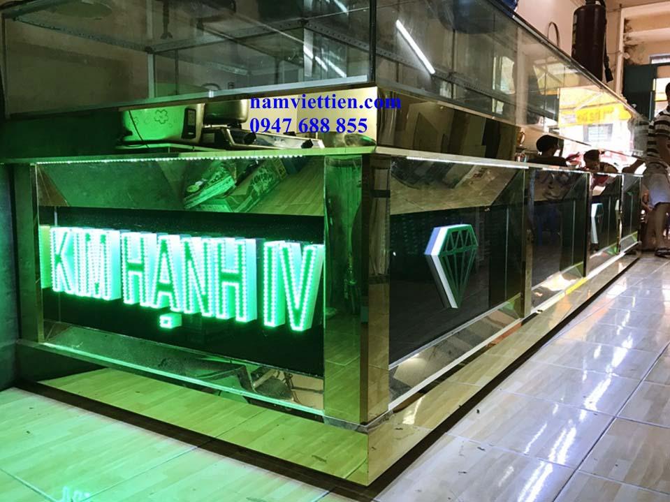 Tủ bán vàng nhôm kính