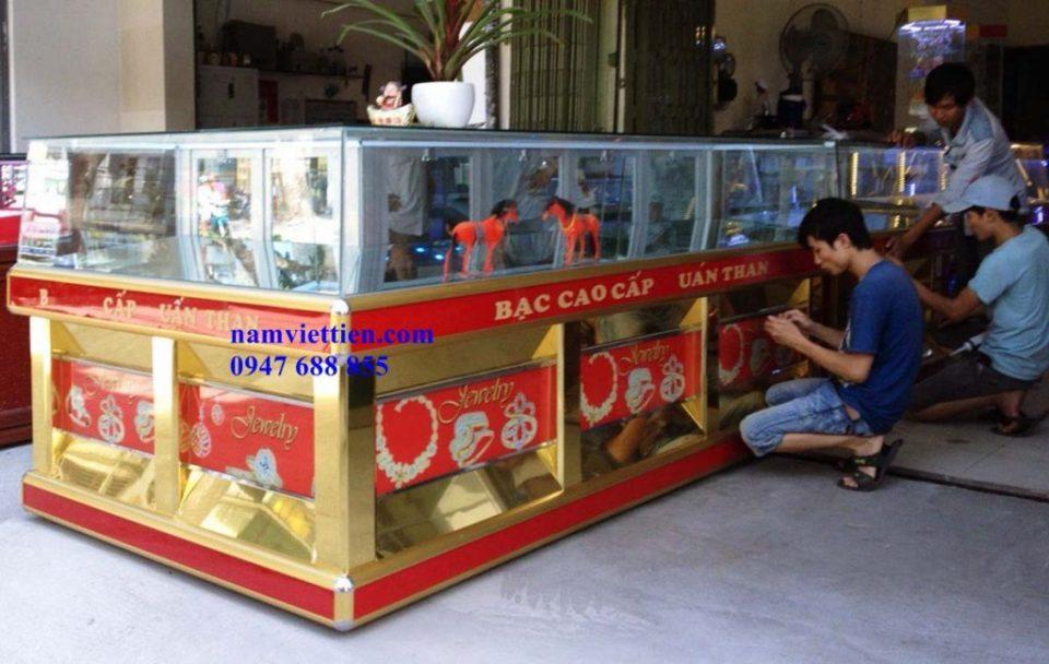 Tủ bán vàng bạc đá quý