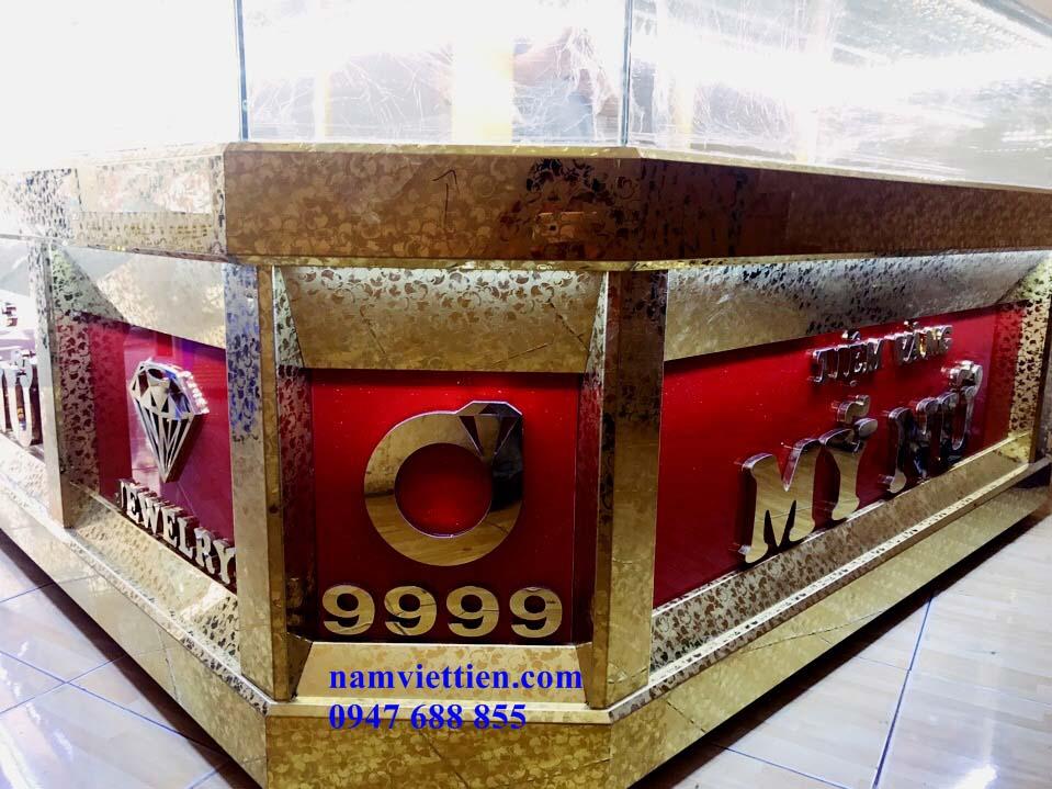 d - Tủ trưng bày vàng bạc nhôm kính