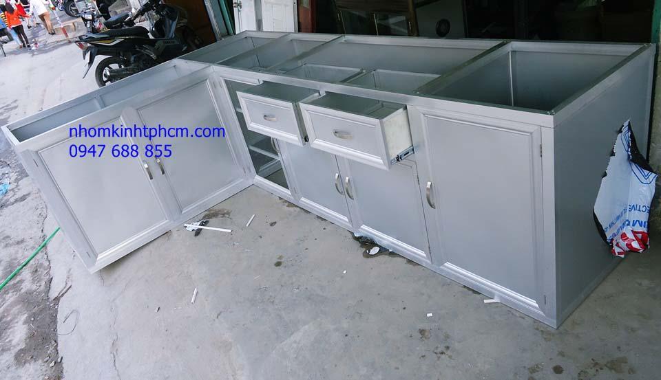 999999999999999999 - Mẫu tủ bếp nhôm kính đẹp
