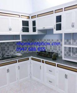 mẫu tủ bếp nhôm kính đẹp