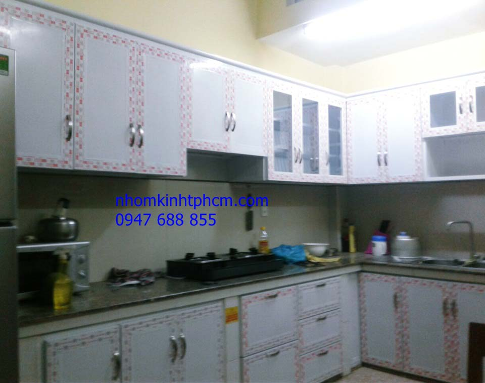 Tủ bếp nhôm kính đẹp giá rẻ hcm