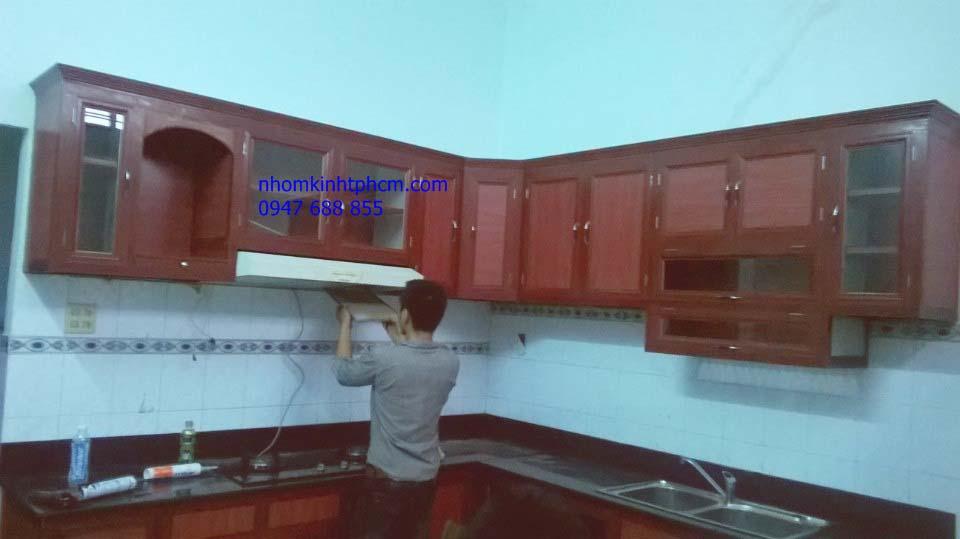 mẫu tủ bếp nhôm kính cao cấp